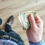 huishoudpotje contant geld of pinnen