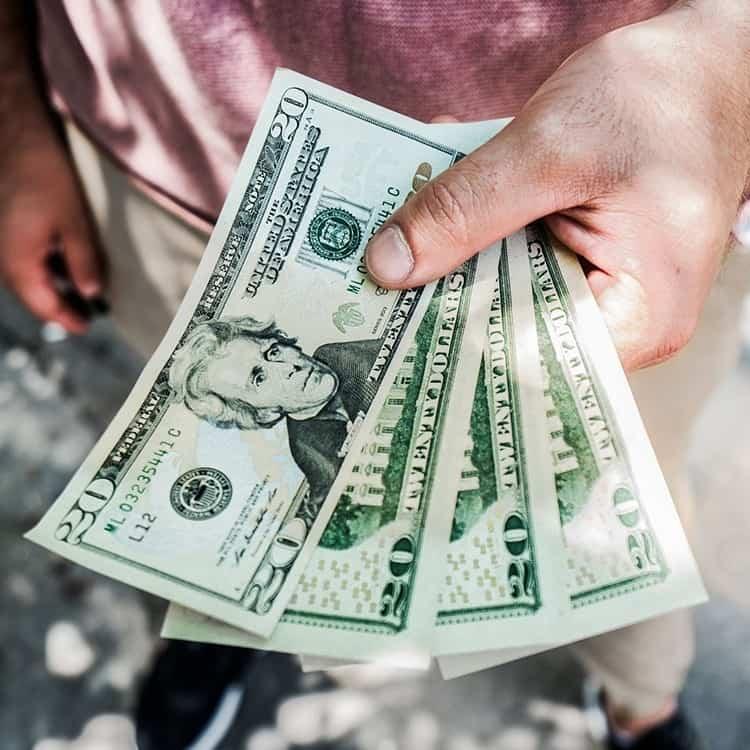 Waarom je juist wel spaargeld op een spaarrekening bij de bank zou moeten zetten